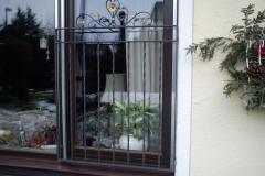 Fenstergitter mit Verzierung